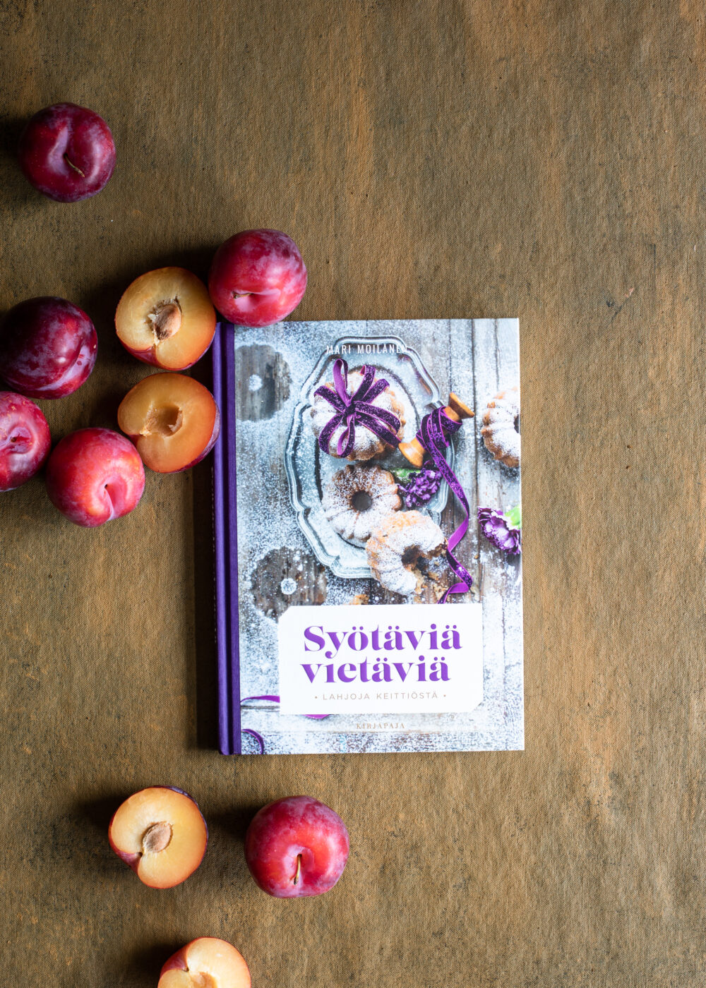 mari moilasen keittokirja, syötäviä vietäviä, keittokirjoja, ruokakirjoja